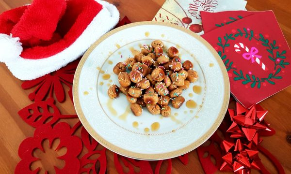 Struffoli al forno con miele di castagno