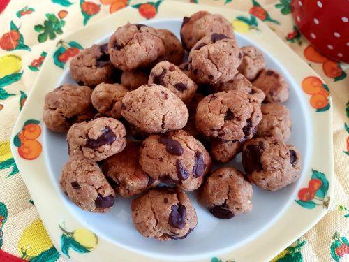 Cereal cookies di farro al cioccolato