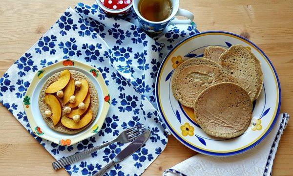 Pancakes di avena con albumi senza zucchero