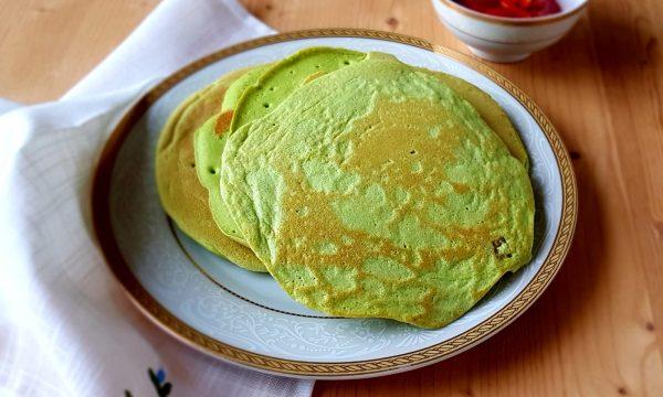 Pancakes alla farina di piselli e gamberetti