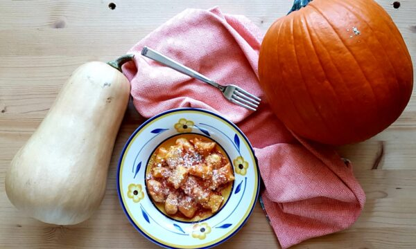 Gnocchi di ricotta e zucca al pomodoro