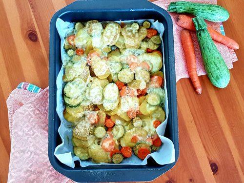 Verdure gratinate al forno con provola