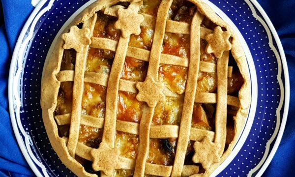 Torta salata con zucca, funghi e provola affumicata