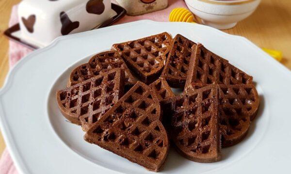 Waffles al cacao cotti al forno