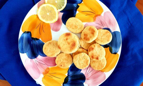 Biscotti morbidi allo yogurt e limone