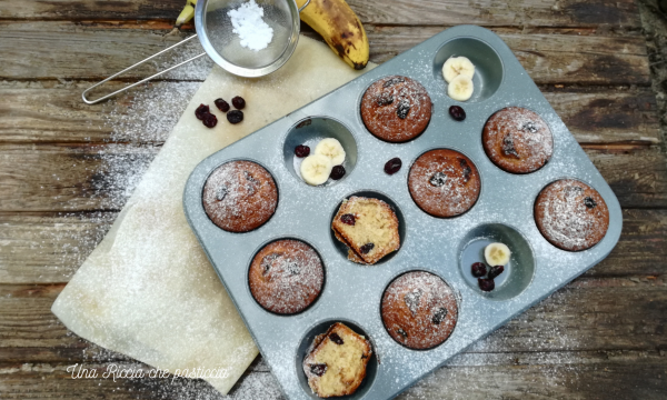 Muffin con banana e mirtilli