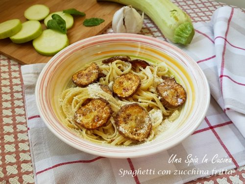 Spaghetti con zucchina fritta – ricetta siciliana
