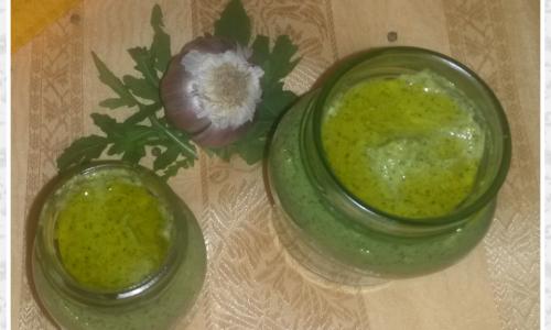 Pesto rucola, zucchine e pistacchi