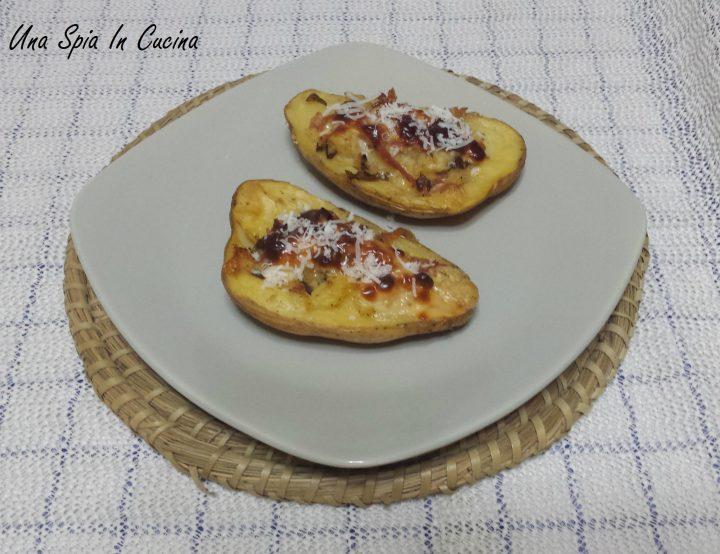 Patate ripiene con prosciutto e formaggio