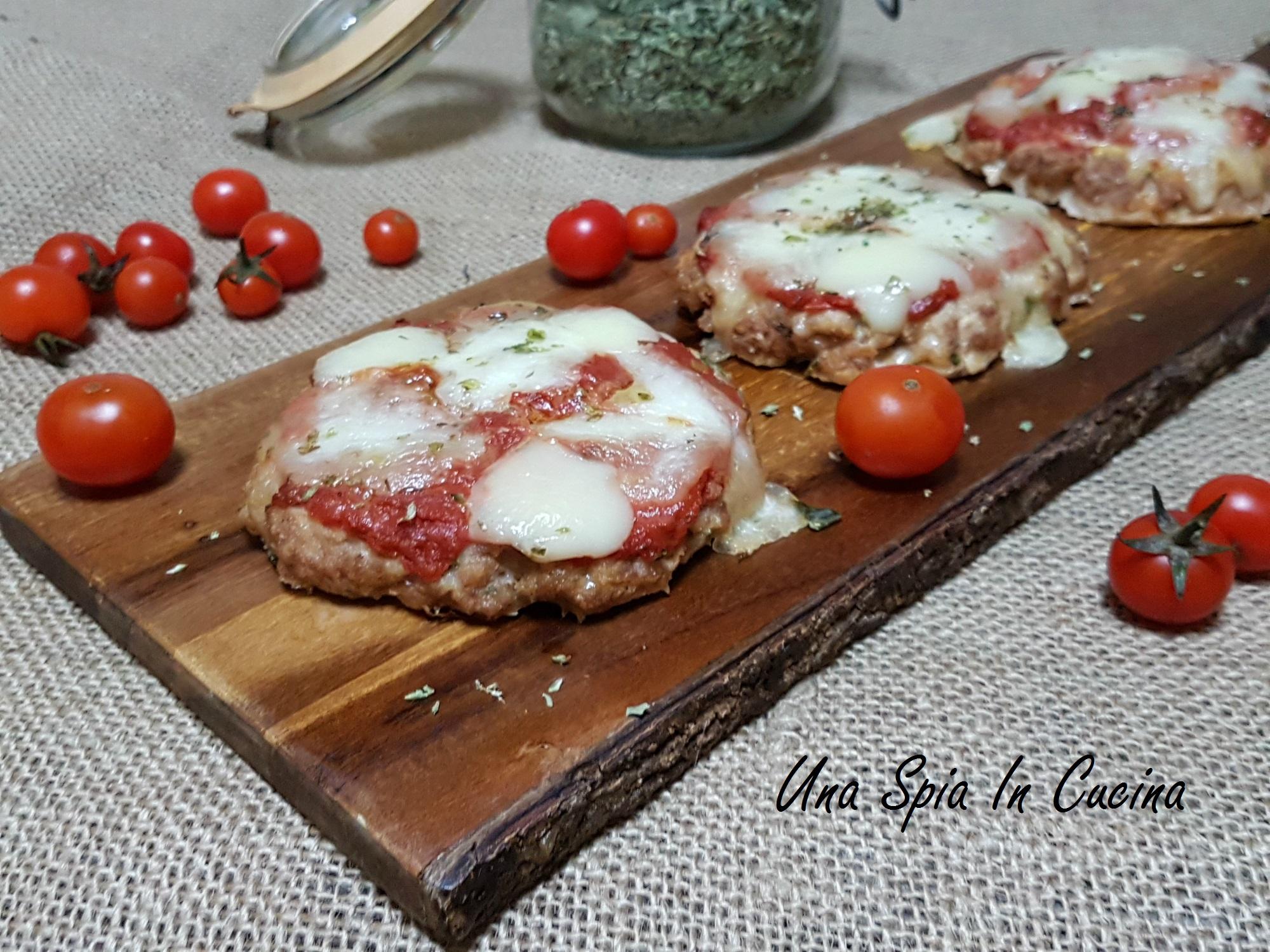 Pizzette di tritato alla pizzaiola