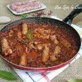 Padellata piccante di salsiccia e fagioli rossi alla messicana