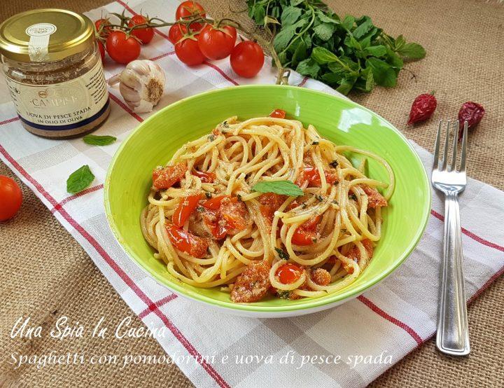 Spaghetti con pomodorini e uova di pesce