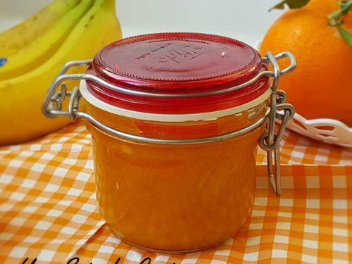 Marmellata di arance e banane dal gusto ricco