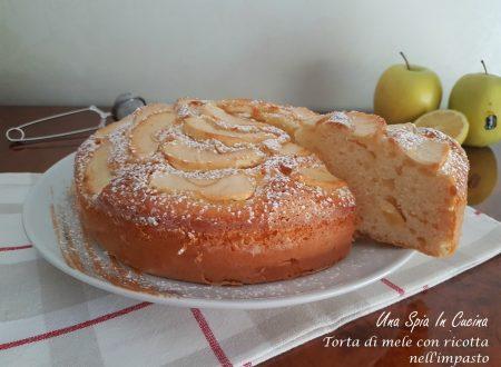 Torta di mele con ricotta nell'impasto sofficissima