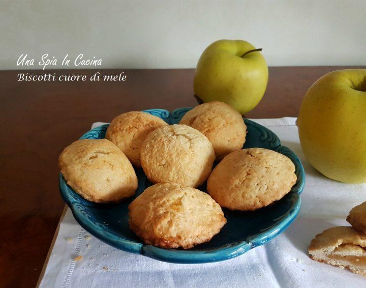 Una Spia In Cucina Biscotti cuore di mele