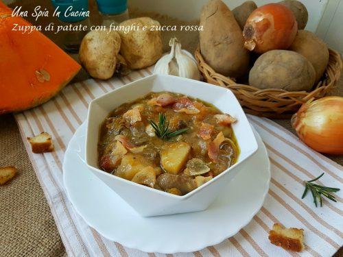 Zuppa di patate con funghi e zucca rossa