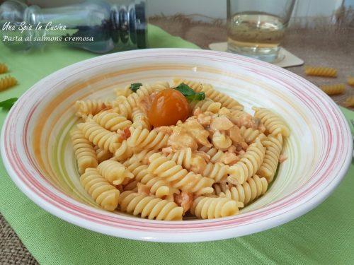 Pasta al salmone cremosa senza panna