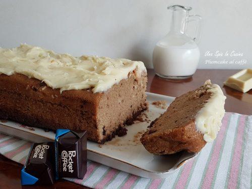 Plumcake al caffè con ganache al cioccolato bianco