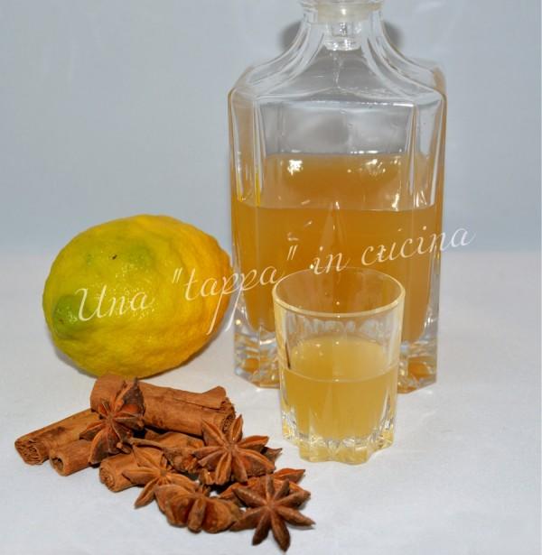Liquore all'anice stellato