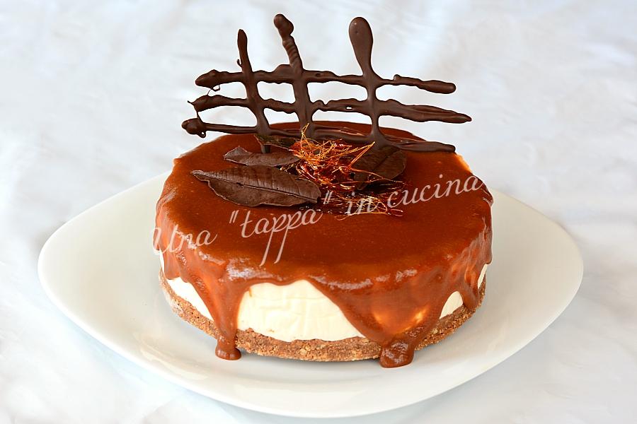 Cheesecake con caramello al sale rosa dell'Himalaya