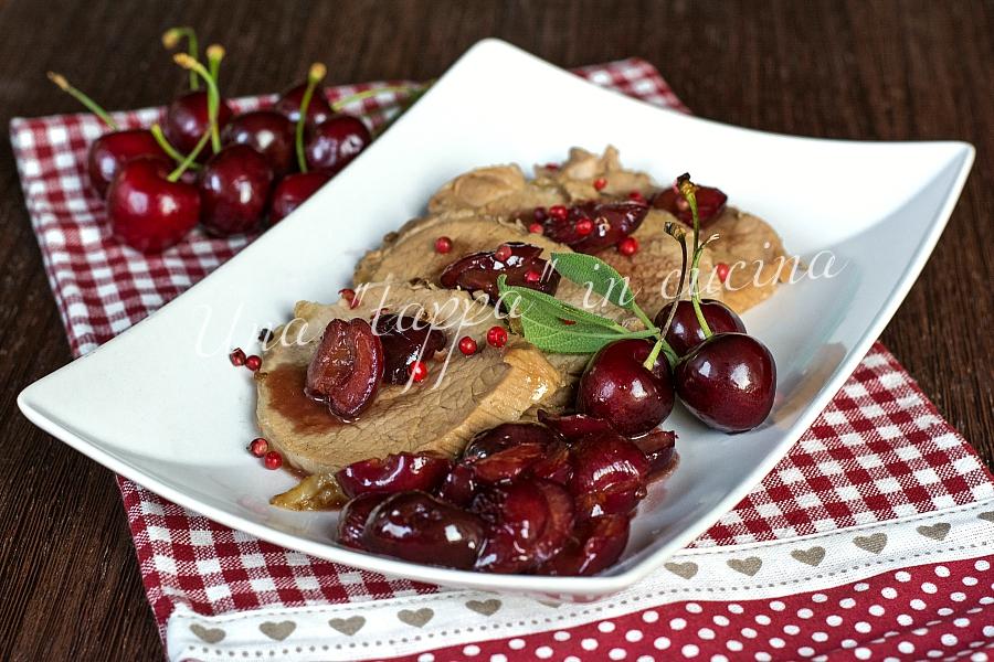 Arista di maiale alle ciligie e pepe rosa