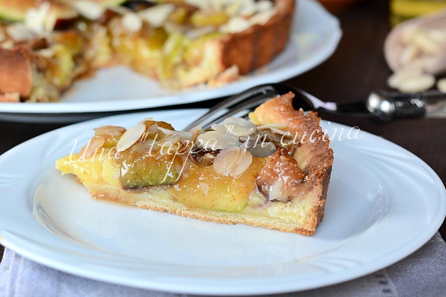 Crostata con crema mandorle e fichi caramellati al miele