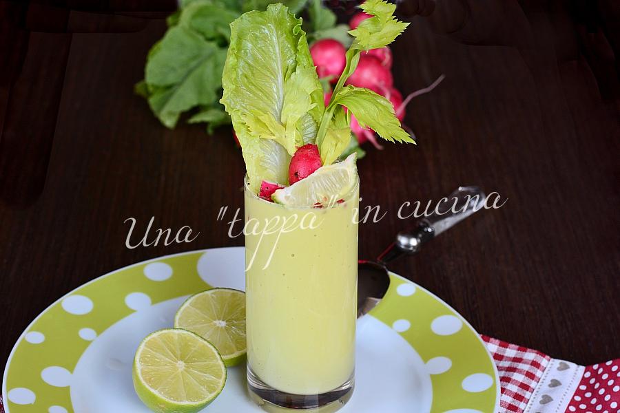 Gazpacho di lattuga avocado e lime