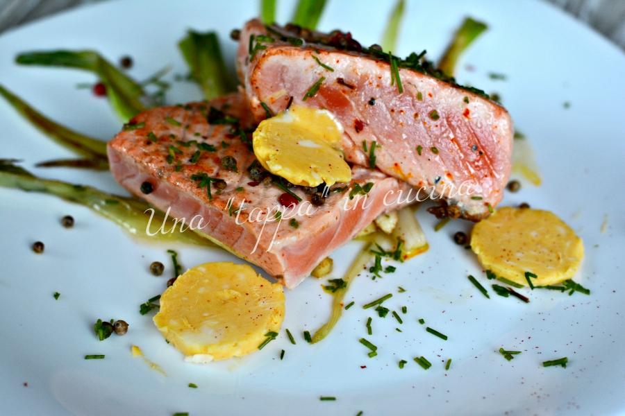 Scaloppe di salmone con burro allo zafferano