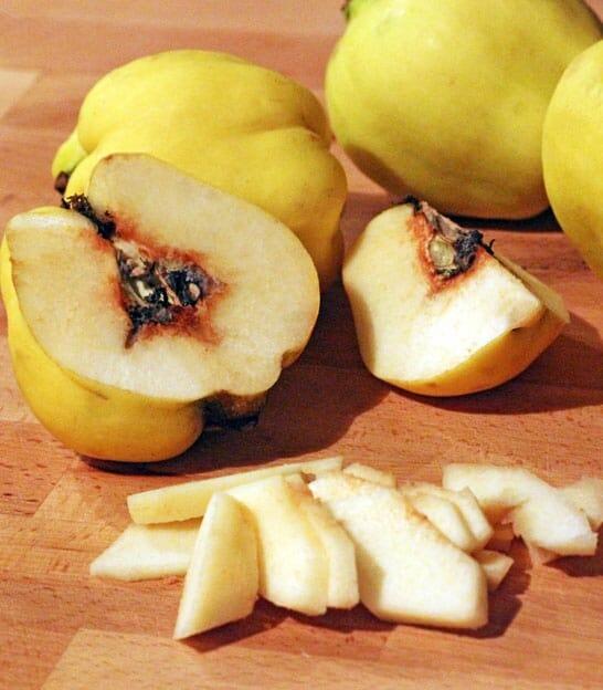 Confettura di mela cotogna