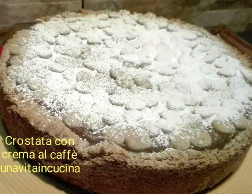 Torta con crema al caffè