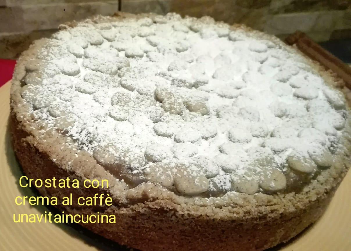 Crostata con crema al caffè