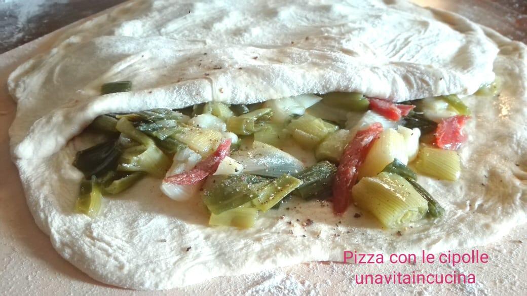Pizza con la cipolla