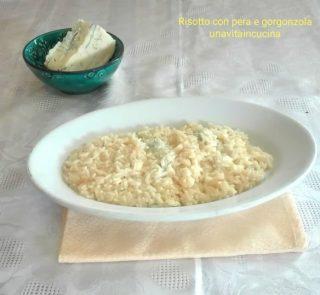 Risotto con pera e gorgonzola