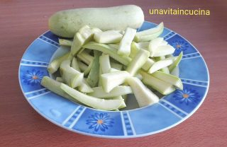 Pennette con crema di zucchina e salsiccia