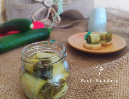 Involtini di zucchina sott'olio