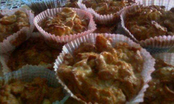 Muffin ai cereali, mela e banana
