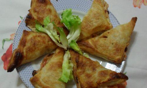 Triangoli di pasta sfoglia