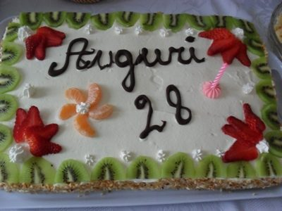 Torta compleanno 28 anni