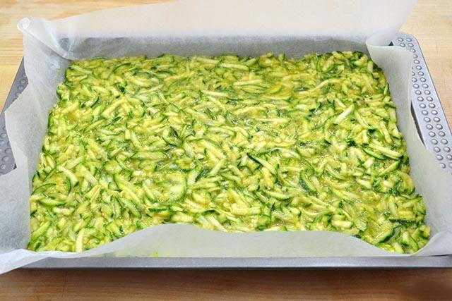 Frittata di albumi e zucchine. Ricetta light frittata al forno con albumi e zucchine