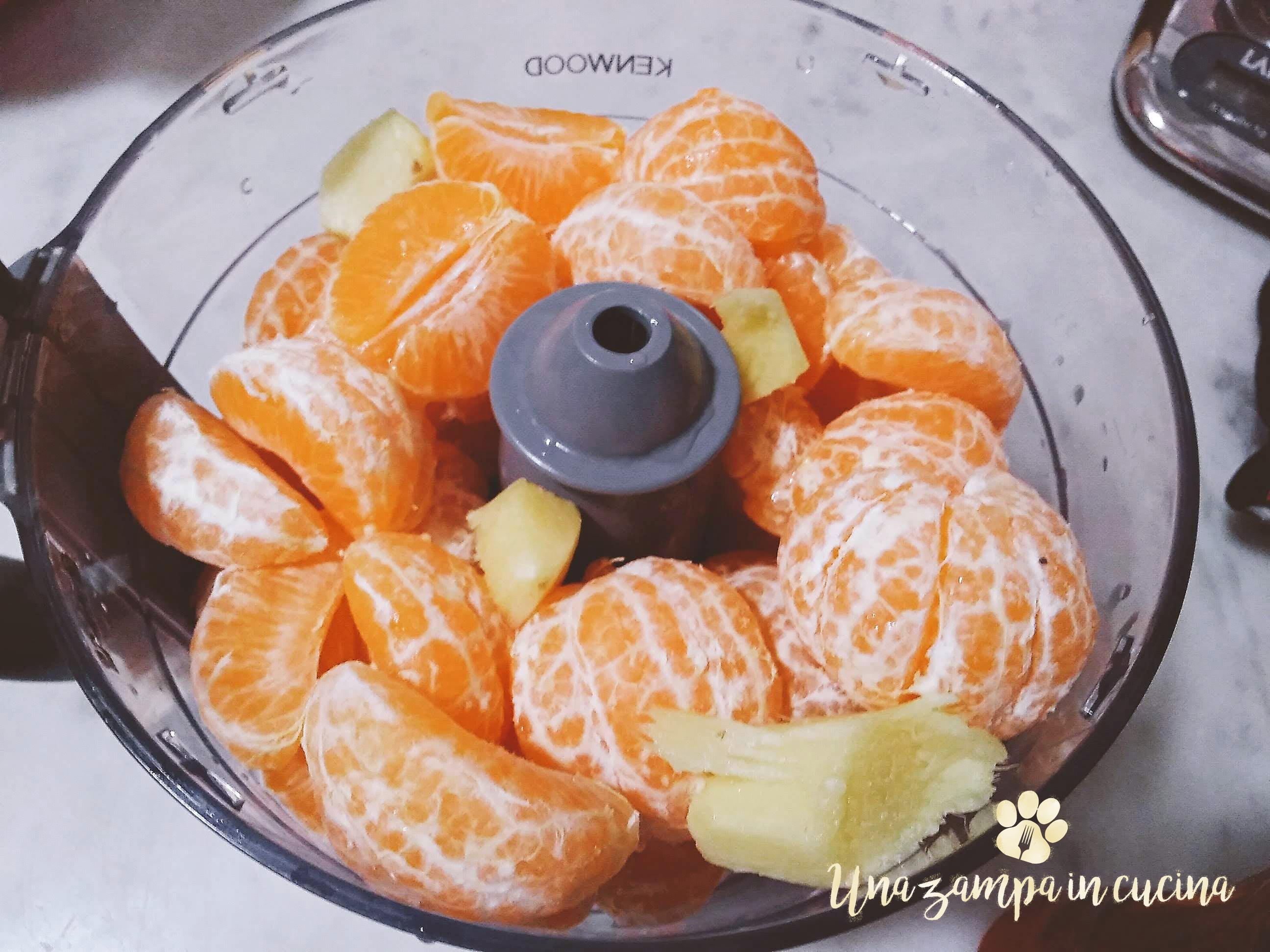 Marmellata senza zucchero fatta in casa al microonde: Una marmellata fit senza zucchero che cuoce in soli 20 minuti al microonde e non ha zuccheri :-)