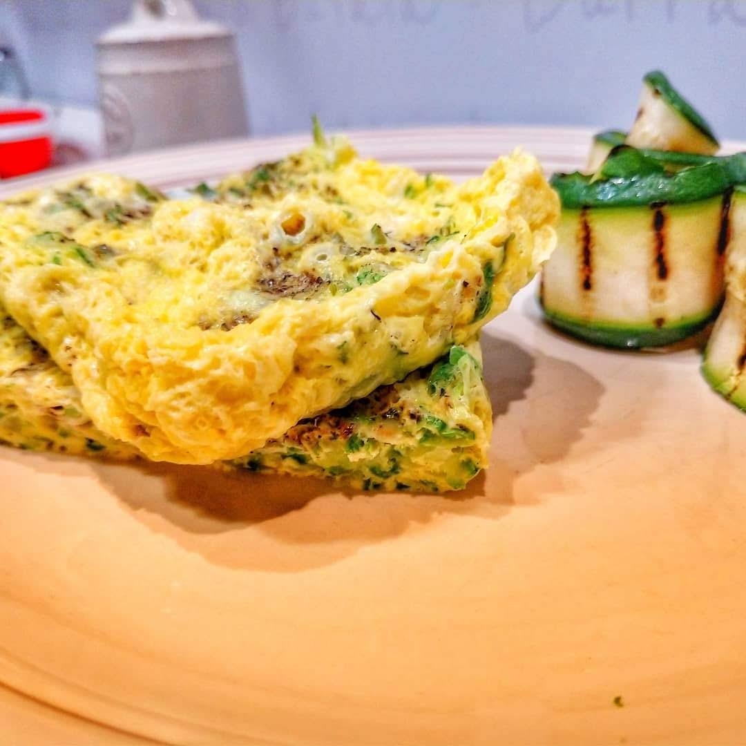 Frittata di zucchine al microonde: Super veloce e super fit