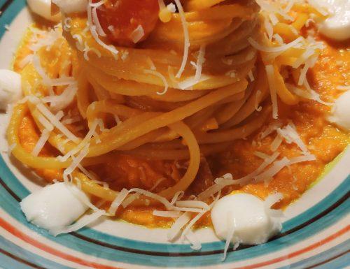Spaghetti al sugo di carota
