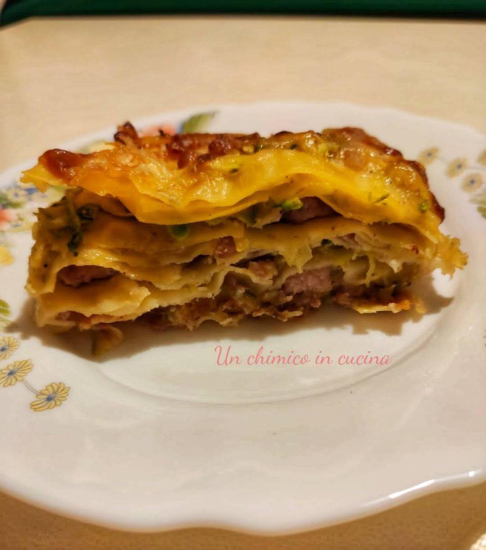 Come preparare la lasagna con zucchine e salsicce