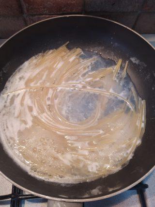 risottare gli spaghetti
