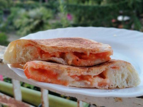 Fagottoni pomodoro e mozzarella