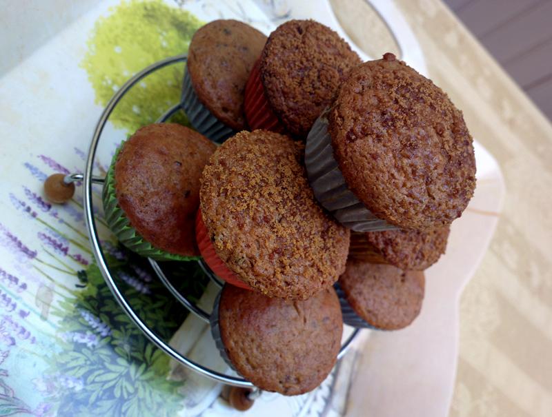 muffin allo yogurt rosso e prugne
