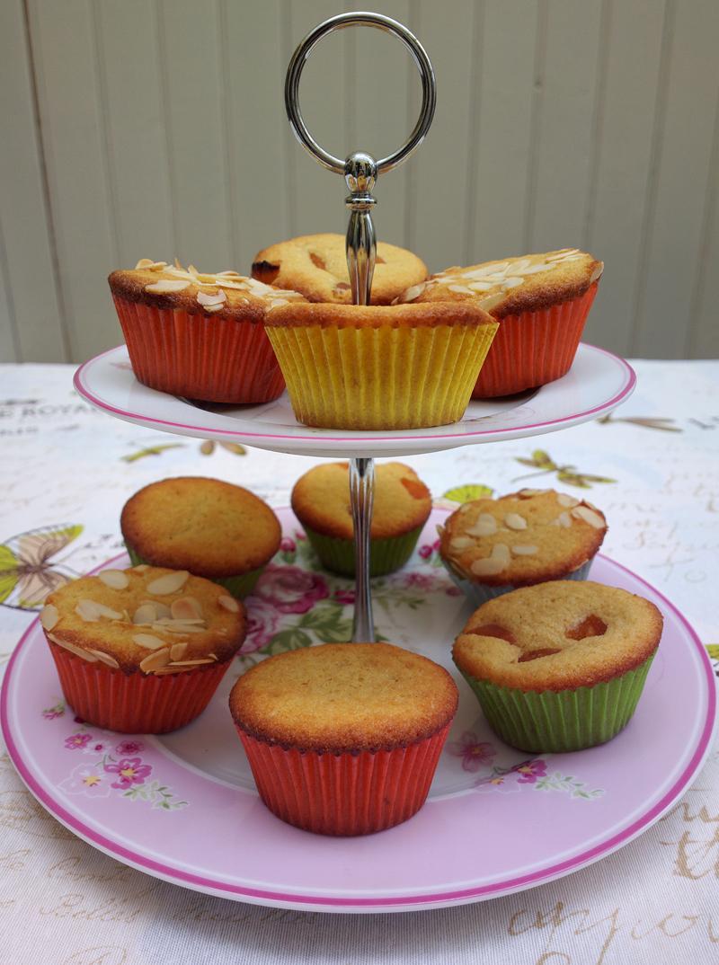 Muffin con farina di kamut e albicocche