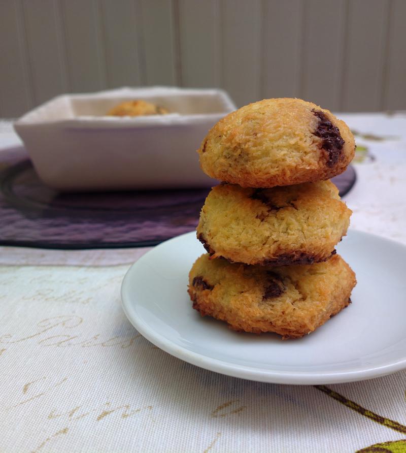 Biscotti al cocco e cioccolato fondente