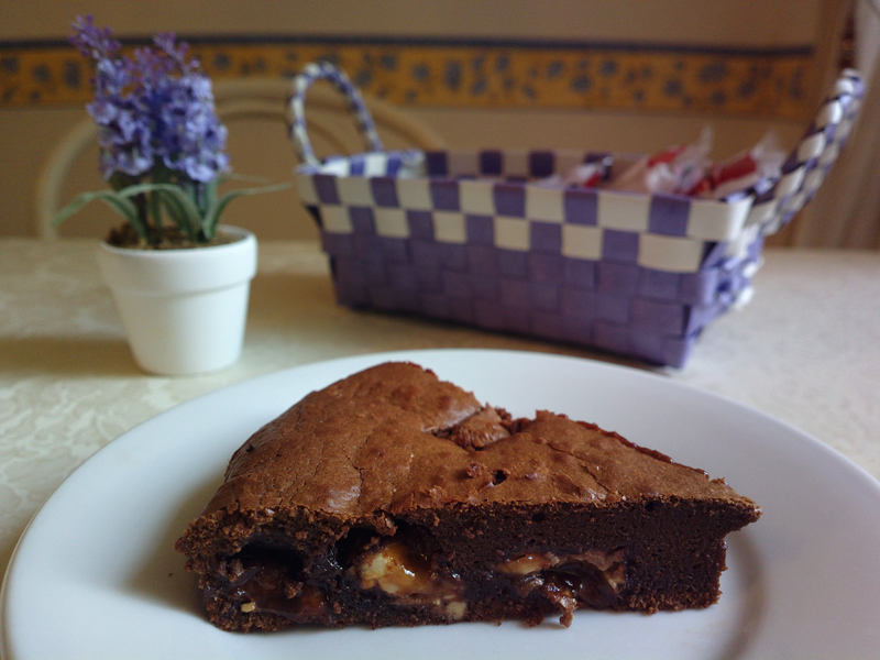 Milka brownie cake with toffee and hazelnuts