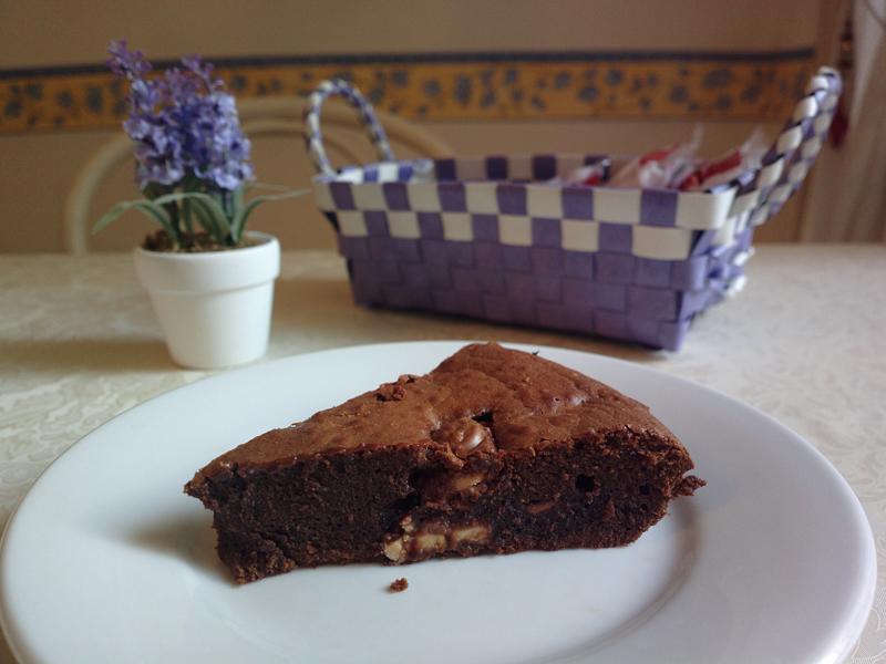 Milka brownie cake with toffee and hazelnuts